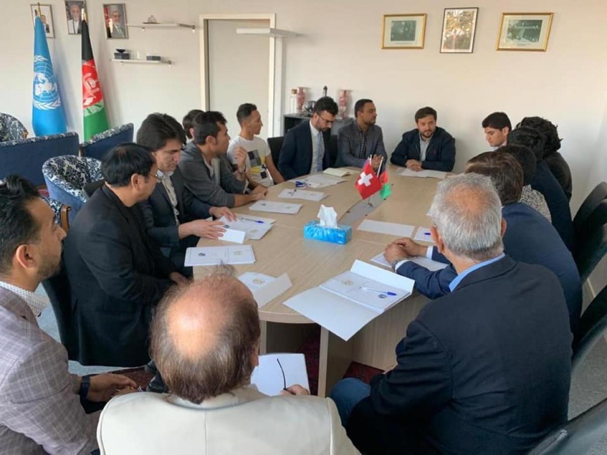 بخش قونسلی سفارت افغانستان در ژنیو به نمایندگان اتحادیه های افغانها در سویس در مورد موضوعات قونسلی معلومات داد